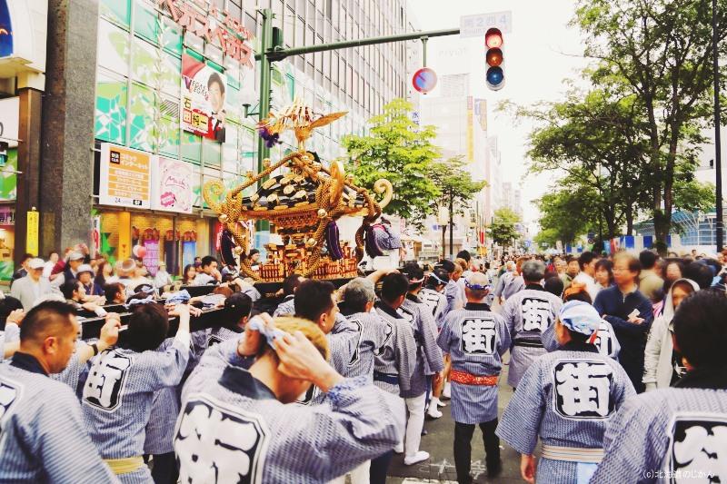 札幌四番街祭好會の神輿